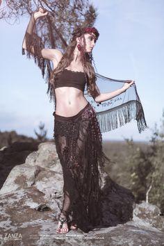 Jupe et sur-jupe, headdress : tribal fusion, bohémien, gypsy, boho