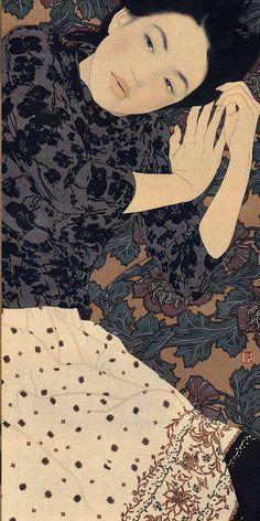 Contemporary Artist: Ikenaga Yasunari (b. ) -Ikenaga Yasunari (right) with collector and recent painting Born in artist Ikenaga Yasunari's serene and soothing portraits of modern women. Art Inspo, Inspiration Art, Art Asiatique, Photo D Art, Art Japonais, Art Et Illustration, Japanese Painting, Japanese Prints, Modern Japanese Art