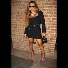 Estilo Beyonce, Beyonce Style, Beyonce Family, Beyonce Instagram, Beyonce Knowles, Queen B, Celebrity Style, Mini Skirts, Celebs