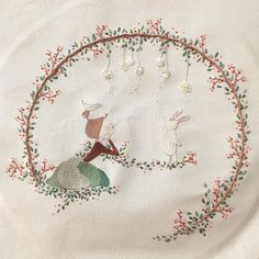 ☕️ 자 수 일 기 36 . . . 네 번째 뜯겨 나간 새야 맘에 확~~들어 오는 실을 찾을 수가 없고나 😧 . . . . . 👉All illustrated by me. . #character #illust #sketch #drawing #artwork #doodle #design #cotton #embroidery #spring #teatime #coffee #캐릭터 #일러스트 #디자인 #데일리 #스케치 #그림 #광목 #자수 #프랑스자수 #도안 #창작도안 #작업실 #솜씨 #手 #수이야기