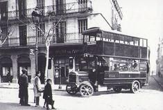La Barcelona del siglo XX. Autobus de dos pisos en Sants (1920)