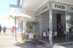 5 Coffee Shops to Visit in Hermanus Coffee Shops, Little's Coffee, Great Coffee, Hangover Breakfast, Coffee Words, Fresh Cake, Coffee Facts, Cappuccinos, Bright Decor