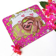 Mousepad de Oso Perezoso Perezoso y Bugambilias Lindo   Etsy Fauna, My Etsy Shop, Bear Rug, Sloth Bear, Bears, Jelly Beans, Rugs, Cute, Handmade