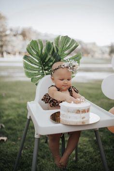 Safari Theme Birthday, 1st Birthday Party For Girls, Second Birthday Ideas, One Year Birthday, 1st Birthday Themes, Twin First Birthday, Kids Party Themes, Outside Birthday, Baby Kind