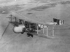 Vickers Victoria J7924 over Iraq