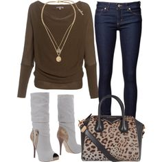 Simple sweater  Instagram: inspirationforyourcloset follow now!!