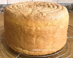 Genoise Cake, Appetizer Buffet, Cakes For Women, Number Cakes, Chiffon Cake, Cake Designs, Food Hacks, Good Food, Biscotti