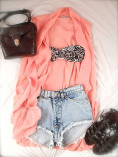 Need fashion, style, cloth, beach outfits, high waisted shorts, at the beach, summer outfits, bandeau, leopard prints