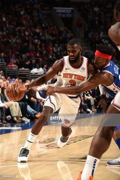 7923e7c7e Tim Hardaway Jr.  3 of the New York Knicks fights for position against the