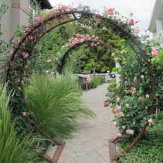 Hydrangea Care Discover Gracie Modern Arbor Large A Large Double Moon Arch Brings Drama to the Garden Rose Garden Design, Modern Garden Design, Contemporary Garden, Landscape Design, Modern Design, Garden Design Ideas, Garden Ideas Large, Modern Japanese Garden, Wall Trellis