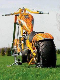 New Bobber Motorcycle Paint 67 Ideas Chopper Motorcycle, Motorcycle Garage, Motorcycle Design, Motorcycle Paint, Concept Motorcycles, New Motorcycles, Vespa Scooter, Bike Wheel, Moto Guzzi