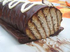 Rulo de chocolate y galletas María