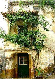 Old house in Obidos - Portugal - Pixdaus Enjoy Portugal Holidays-Travelling to Portugal www.enjoyportugal.eu
