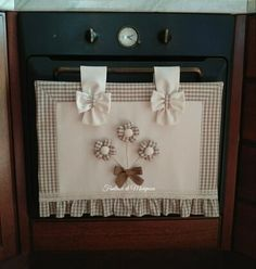 Kitchen Window Shelves, Islamic Girl, Happy Words, Running Stitch, Embroidery For Beginners, Diy Home Crafts, Country Chic, Hand Embroidery, Sewing Projects