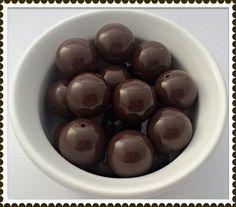 Bubblegum Bead Chocolate Brown Gumball beads by Urbancitysupplies
