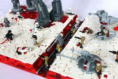 Ormai il tempo dei nazi-spoiler è finito per cui possiamo mostrarvi senza troppe remore questo splendido diorama LEGO raffigurante la battaglia di Crait pr