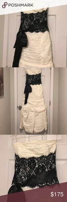 Ivory & black lace prom dress, size 4 A beautiful strapless full draped ivory prom dress with black lace bodice and satin ribbon trim made by Jessica McClintock, size 4. Fully lined with boning in bodice, with a hidden zipper in the back. Includes garment bag. Jessica McClintock Dresses Wedding