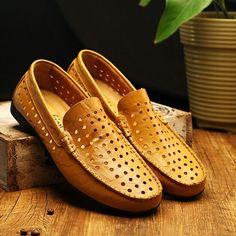 2017 Mens loafers Luxury Brand Shoes Summer men casual shoes Breathable Good Leather Men Driving Shoes Hollow Out
