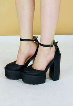 $73.24 Black 70s Style Platform Mary-Jane Sandals by BirdOnAWireVintage