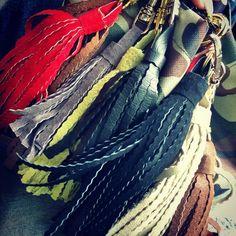 #tassel #fringe #zawieszki #frędzle #Koszalin #Deutschland #fashion #decoration #design #keychain #bag #sack #backpack #handmade #handbag #gold #silver #sewing #suede #leather #zamsz #skóra #tasselbag #Moro