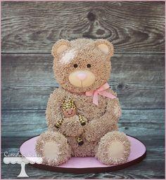 Teddy bear cake with giraffe stuffed animal. for a 1st birthday. www.facebook.com/i.love.cuteology.cakes