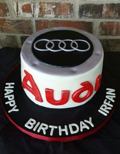 Audi Cake by Max Amor Cakes. - Cars and motor Audi Cake, Audi Torte, Ipad Cake, Ring Cake, Cakes For Boys, Cake Tutorial, Marzipan, Perfect Party, Beautiful Cakes