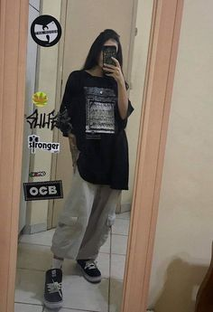 cool back to school outfits ideas for the flawless look 1 Grunge Outfits, Edgy Outfits, Retro Outfits, Cute Casual Outfits, Vintage Outfits, K Fashion, Tomboy Fashion, Korean Fashion, Fashion Outfits