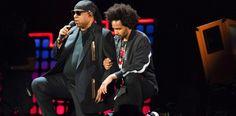Stevie Wonder takes both knees 'for America' after Trump NFL remarks