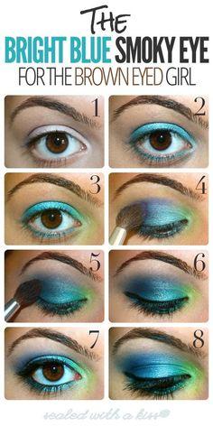 Bright Blue Smokey Eye - Eye Make Up Tutorial Dramatic Eyes, Dramatic Eye Makeup, Makeup For Brown Eyes, Blue Smokey Eye, Smoky Eye, Love Makeup, Makeup Tips, Makeup Looks, Makeup Ideas