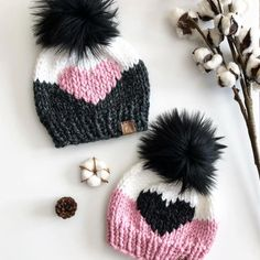 How cute are these from 😍😍😍 Love the colors Collette combined for these cute pink, white and black Big Heart Beanies! Baby Hats Knitting, Baby Knitting Patterns, Loom Knitting, Hand Knitting, Crochet Patterns, Knit Hats, Hat Patterns, Bonnet Crochet, Crochet Beanie