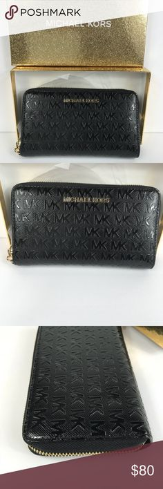 Michael Kors Black Wristlet M I C H A E L ❤️  K O R S  ❈ Condition: New With Tags  ❈ Reasonable Offers Always Welcome   ❈ Bundles are always encouraged to save on shipping.  ❈ Shipping Monday ➡️ Friday - Fast Same/Next Day  ❈ Everything I sell comes from my clean, smoke-free & pet-free home.   ❈ All items are 100% authentic! I stand behind everything I sell.  ❈ Questions? Comment below, I will be more than happy to assist you.  ❈ Michael Kors Bag & Tissue available upon request.  💋Bella…
