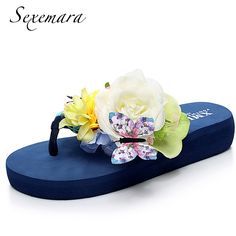 2017 Women Flip Flops Bohemia Floral Butterfly Slippers Romantic Flats  Platform Sandals Summer Beach Shoes Sandalias f665ff958e32