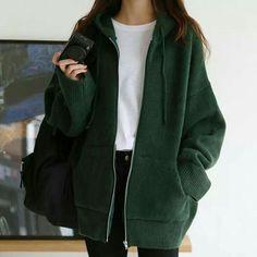 Teen Fashion Outfits, Mode Outfits, Hijab Fashion, Fashion Hair, Fall Outfits, India Fashion, Japan Fashion, Fashion Men, Fashion Styles