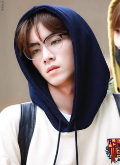 he's so fucking ethereal 🥵🥵🥵 Winwin, Taeyong, Jaehyun, Nct 127, Nct Debut, All Meme, Nct Dream, Mark Lee, Fandoms