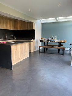 Office Interior Design, Office Interiors, Interior And Exterior, Kitchen Worktop, Kitchen Flooring, Alternative To Bathroom Tiles, Concrete Materials, Building Materials, Open Plan Kitchen Dining Living