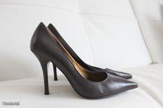 Ruskeat Guess -korkokengät / Brown Guess high heels
