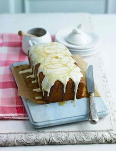 Sugar, spice and everything nice has gone into this simplistic spiced honey cake