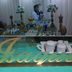 Nome de Mdf para decoração da mesa de chegada de maternidade do principe Isaque. Ateliê D'Luxo.  #nome #nomedemdf #nomedecorativo #mdf #laser #ateliê #ateliedluxodifusora #ateliedluxo #decoracao #decor #maternidade #mamae #mae