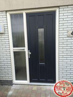 Het project van de week! De kunststof voordeur is ontworpen door de klant en is geplaatst door Benitech kozijnen.