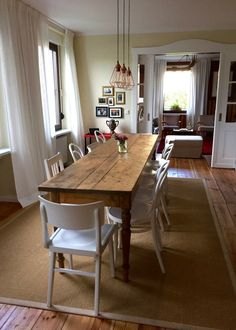 Das Esszimmer im mein.lychen, dem schönen B&B in Lychen Conference Room, Dining Table, Rustic, Furniture, Seaside, Kitchens, Home Decor, Long Dining Tables, Traveling With Children