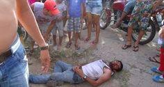 Moto colide com traseira de carro em Tabira