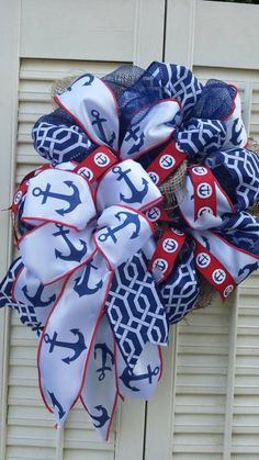 Hey, I found this really awesome Etsy listing at https://www.etsy.com/listing/229466029/anchor-wreath-petite-nautical-wreath
