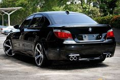 #bmw #m5 #e60 #beast #custom #tunned #carbon #m #mpower #exotic #exterior #brutal #design #angel #angeleyes #luxury #carsporn #bmwworld…