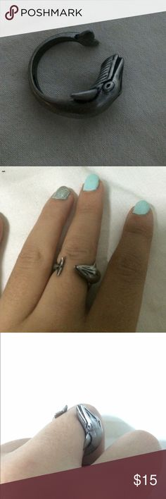 Cool ring! Veeery cute whale ring! Most intelligent sea creatures and a cool collection to your ring set! It is adjustable so it can fit on anyone Jewelry Rings