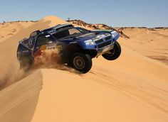 Should turn my car into this Rally Dakar, Off Roaders, Rally Raid, Off Road Racing, Vw Touareg, Cool Motorcycles, Africa Travel, Big Trucks, Diorama