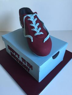 Soccer boot and shoe box cake Shoe Box Cake, Soccer Boots, Cake Decorating, Cakes, Sneakers, Desserts, Tennis, Tailgate Desserts, Slippers