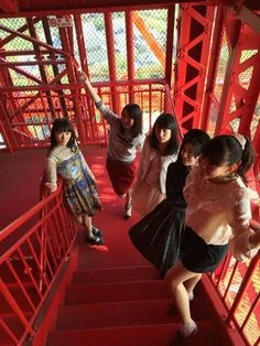 Dorothy Little Happy on the stairs of Tokyo Tower *ステップワン!*の画像 | ドロシーリトルハッピーオフィシャルブログ Powered by Ame…