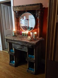 Makeup Vanity Made From Reclaimed Wooden Pallets • 1001 Pallets