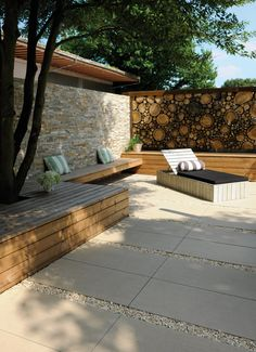 Sand-colored terrace, decorated with 50 x 100 cm stone slabs, wooden benches . - Sand-colored terrace, decorated with 50 x 100 cm stone slabs, wooden benches and wooden lounger. Outdoor Paving, Outdoor Gardens, Backyard Patio Designs, Backyard Landscaping, Terrace Design, Garden Design, Outdoor Lounge, Outdoor Decor, Garden Tiles