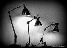 Bienvenue |         Luminaires Walligraph (U.K.)- Gras (Fr)- Rademacher (De)   Entre 1920 et 1950, l'éle...